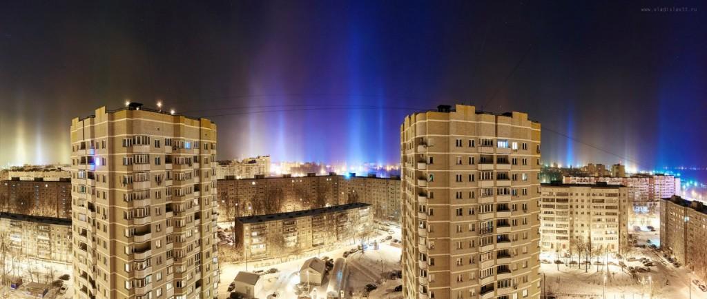 Световые столбы над Владимиром 04