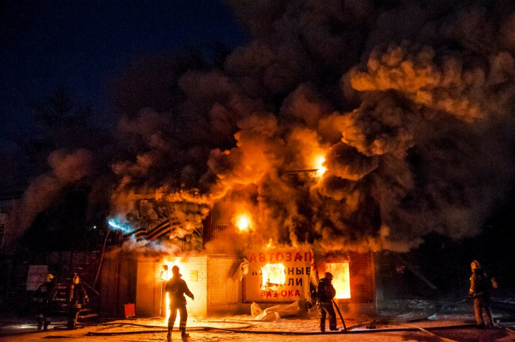 04.01.2016 Пожар на Лакина (Апельсин) во Владимире 06
