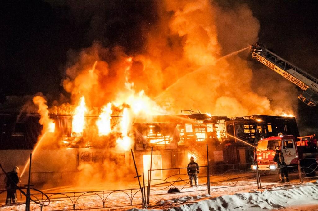 04.01.2016 Пожар на Лакина (Апельсин) во Владимире 15