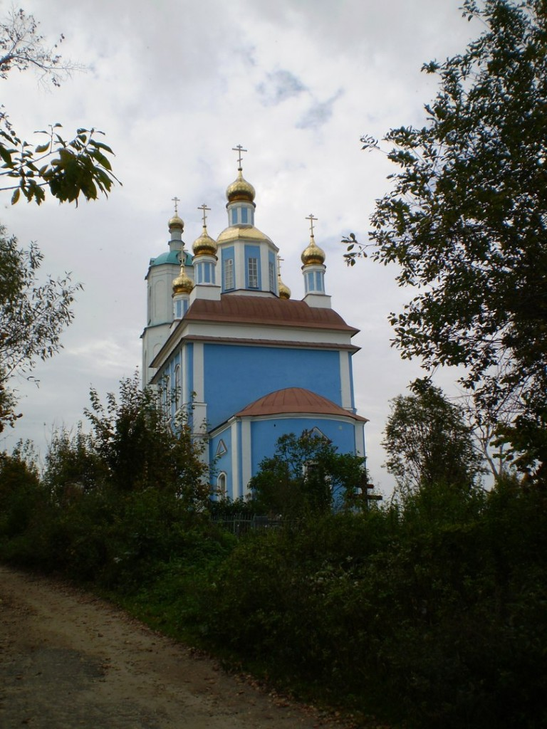 Вид на Борисо-Глебский погост около Радужного (сентябрь 2012 г.) 01