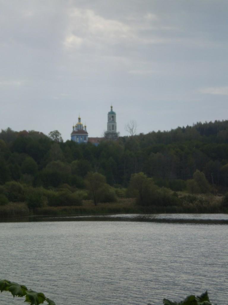 Вид на Борисо-Глебский погост около Радужного (сентябрь 2012 г.) 03