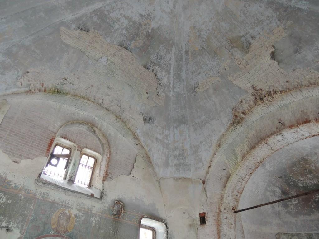 Поездка в Заброшенный Храм в Семёновке 05