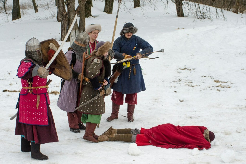 Реконструкция битвы татаро-монголов с русичами в Боголюбово 04