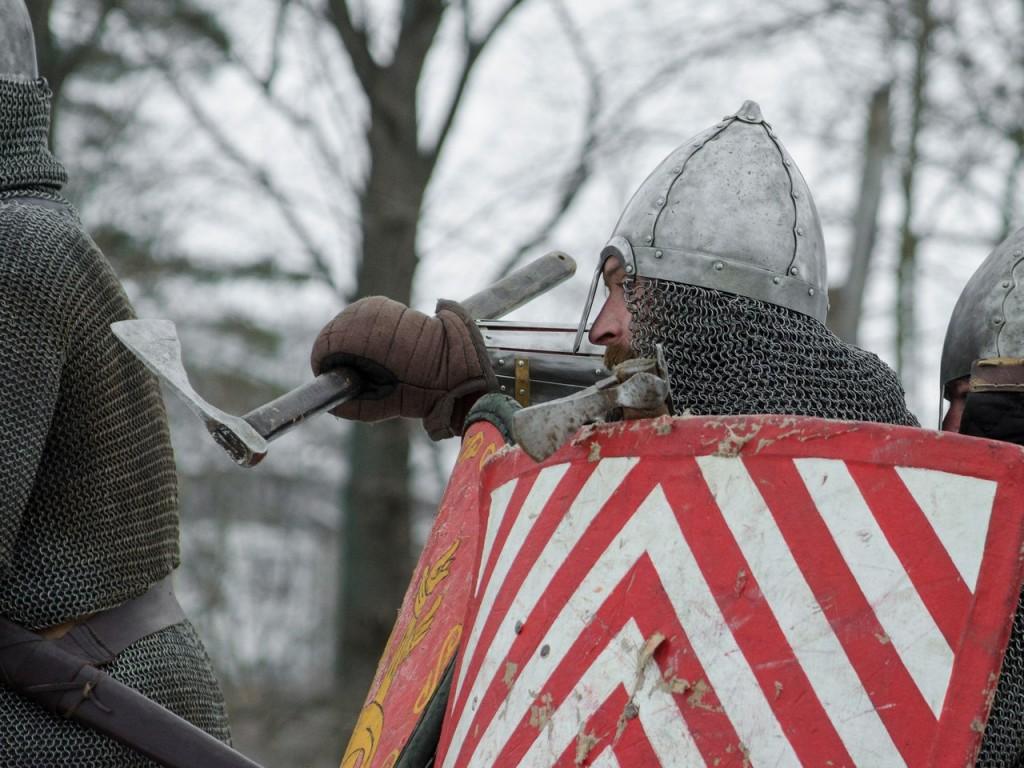 Реконструкция битвы татаро-монголов с русичами в Боголюбово 09