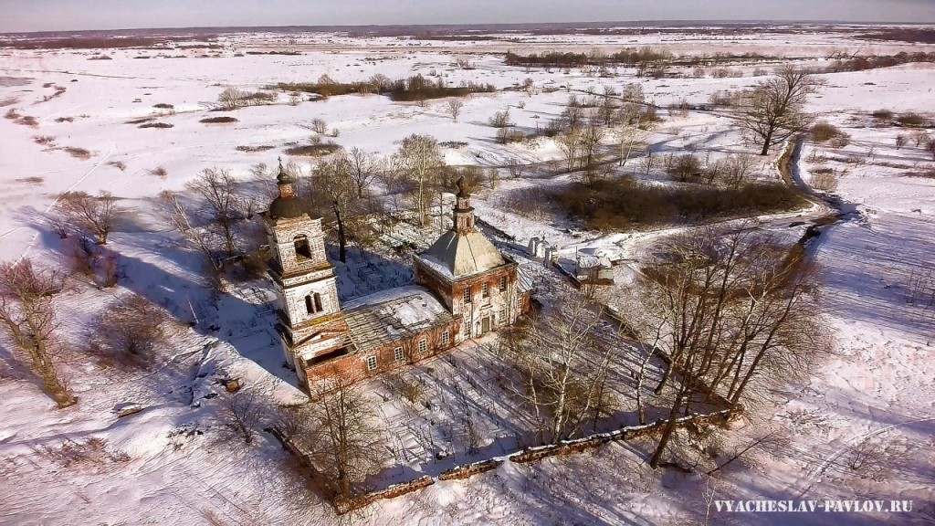 Церковь Николая Чудотворца на Кинешемском погосте 01