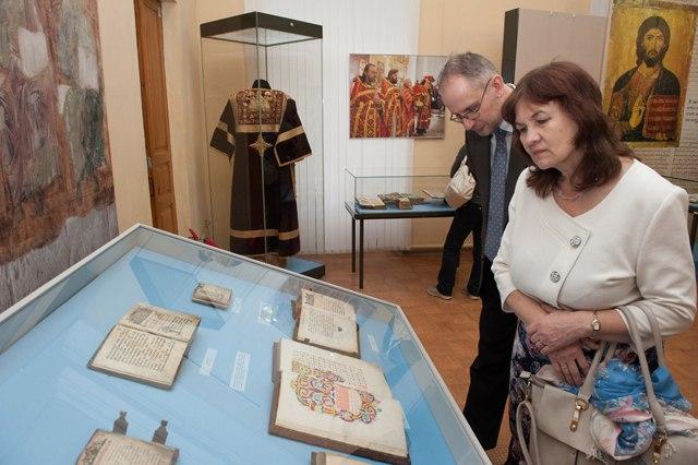 Выставка «Переводы с греческого» в Палатах 05