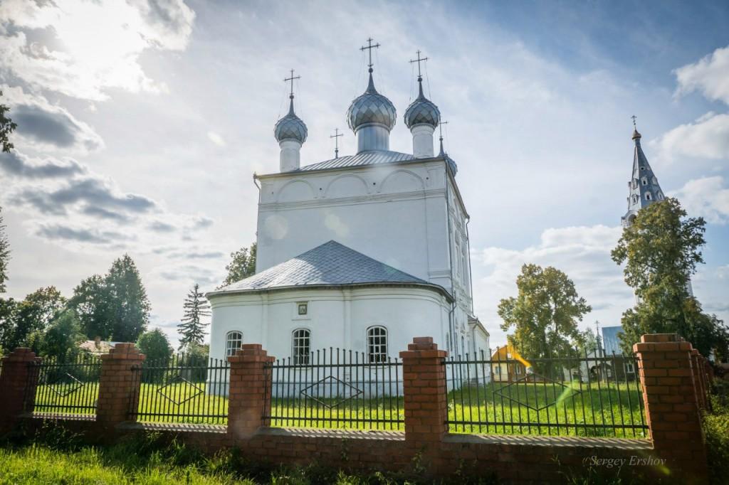 Вязники. Церковь Троицы Живоначальной 01