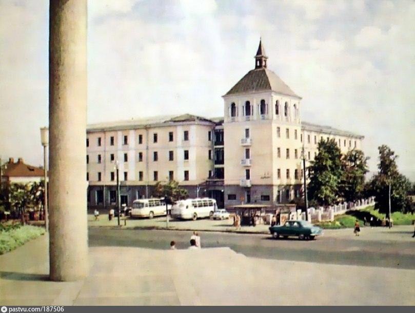 Гостиница Владимир 1967—1975