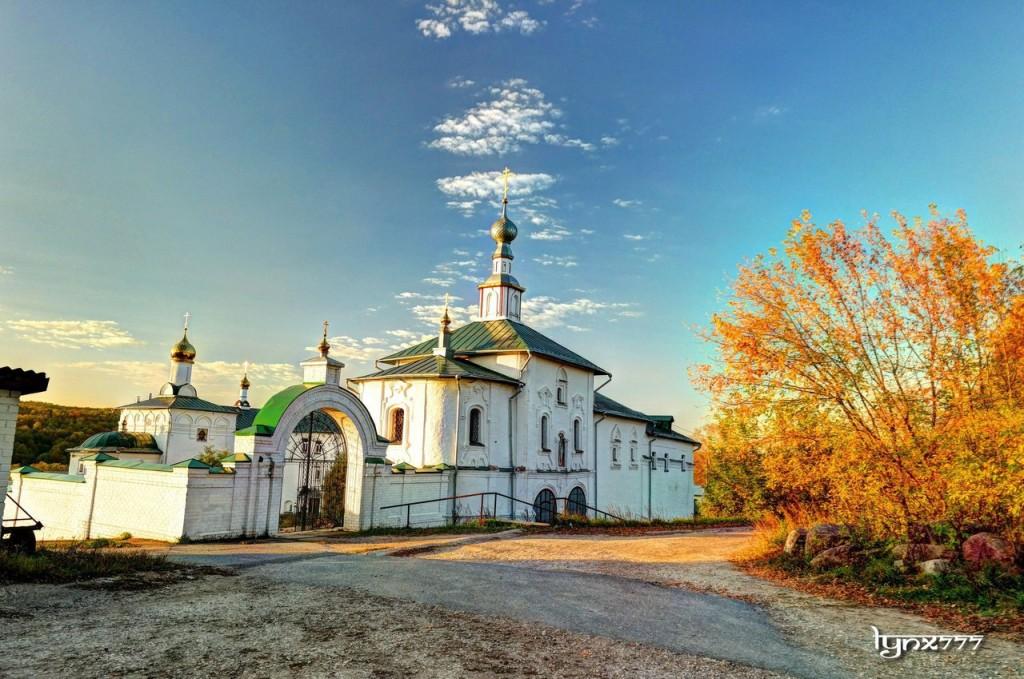 Космо-Яхромской монастырь, село Небылое 02