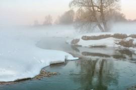 Красивое утро на реке Серой в Александрове