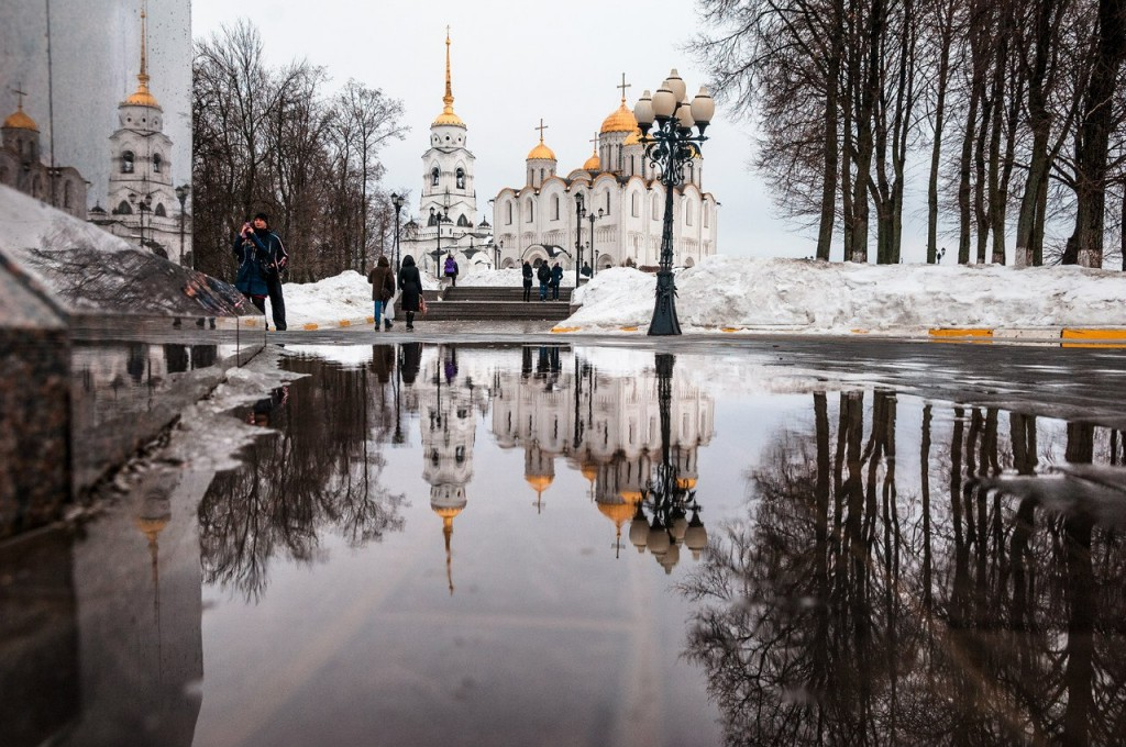 Март и лужи во Владимире 04