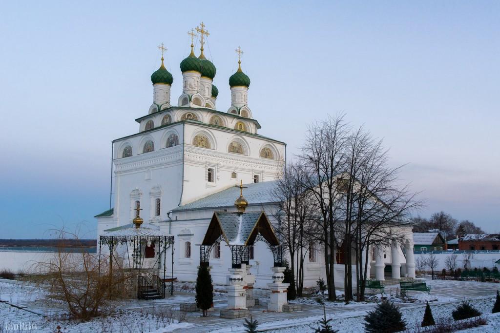 Мстёра. Богоявленский монастырь. Церковь Богоявления Господня, Владимирская церковь 01