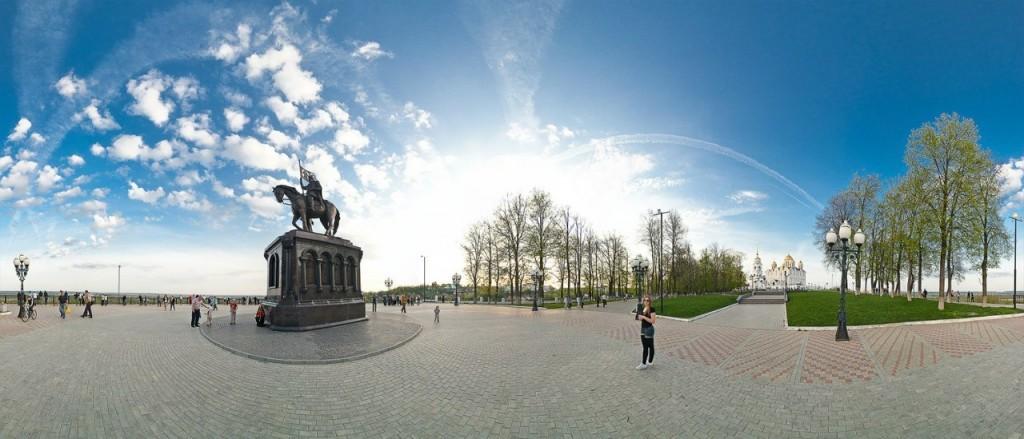 Парк им. А.С. Пушкина и смотровая площадка.