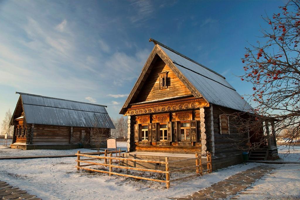 Русская изба. Суздаль. Музей деревянного зодчества