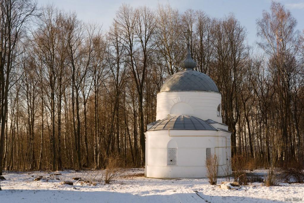 Свято-Троицкий храм. Село Дубки 02