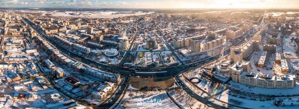 Солнечная улыбка площади Победы (Владимир)