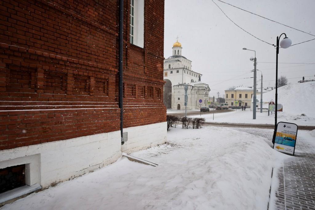 Ферваль на главной улице Владимира 08
