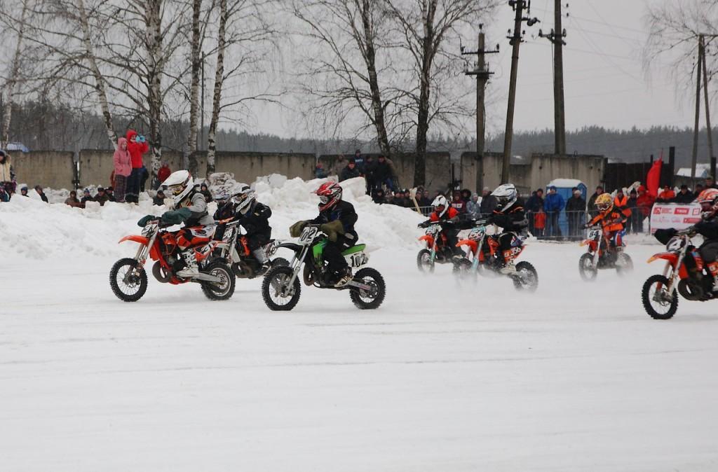Чемпионат по зимнему мотокроссу в Коврове (22 февраля 2016) 02