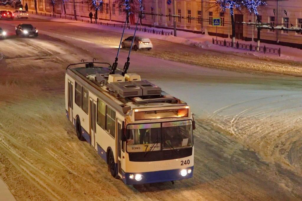 г. Владимир, ЗиУ-682Г-016.02 № 240 — маршрут 7 (2)