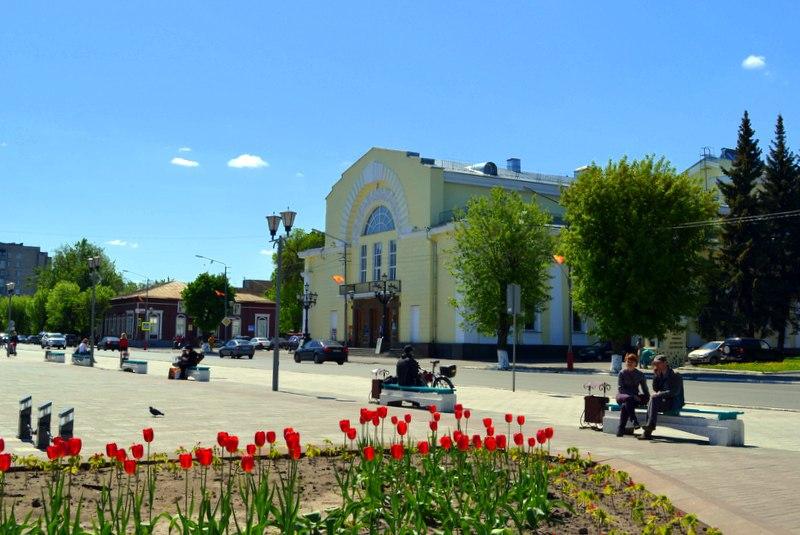Весна. Площадь Победы в Муроме 03
