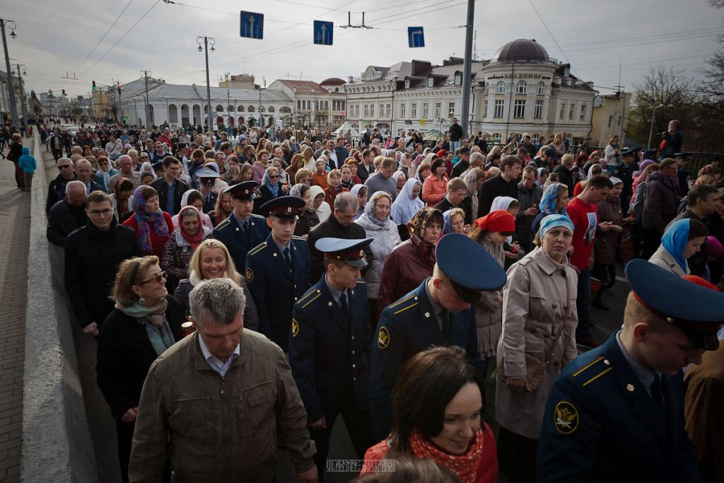 Владимир Чучадеев 2016.05.01 Благодатный огонь 21
