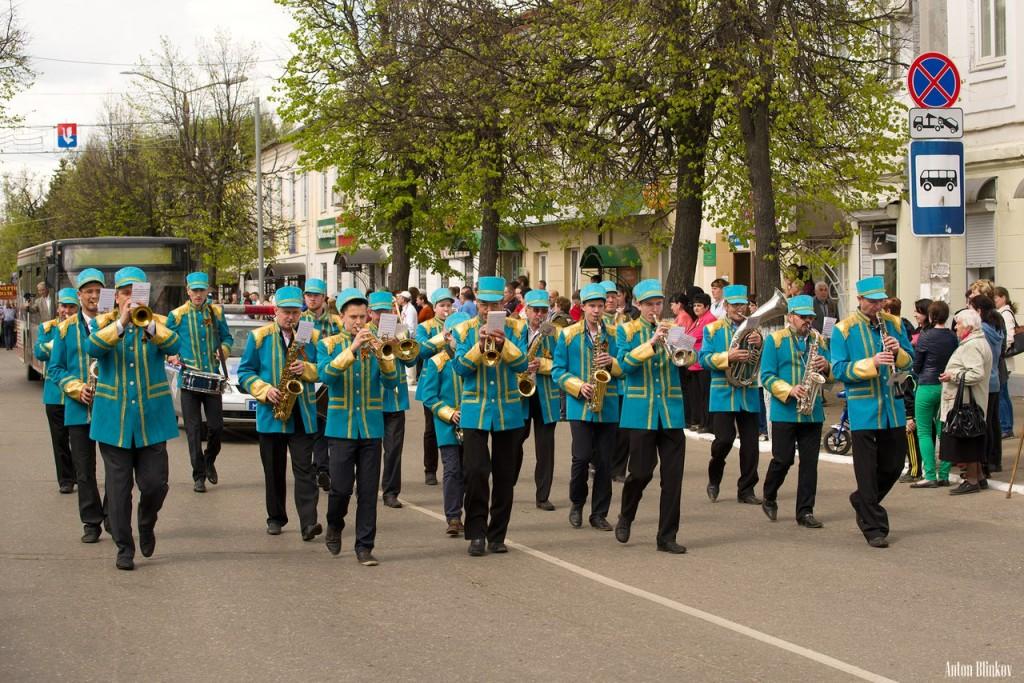 Возложение цветов ко дню Победы в г. Гусь-Хрустальный 01