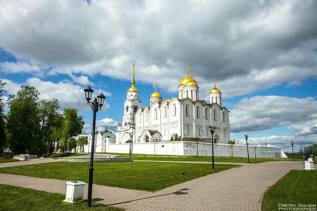Майский день на смотровой во Владимире 04
