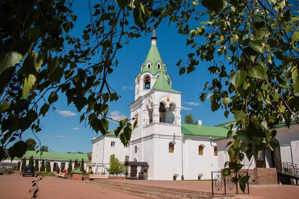 Май в Муроме. Спасо-Преображенский монастырь 03