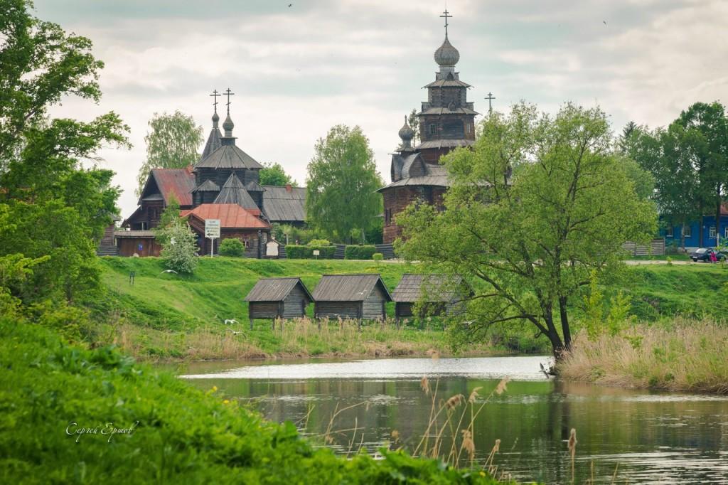 Музей деревянного зодчества, речка Каменка