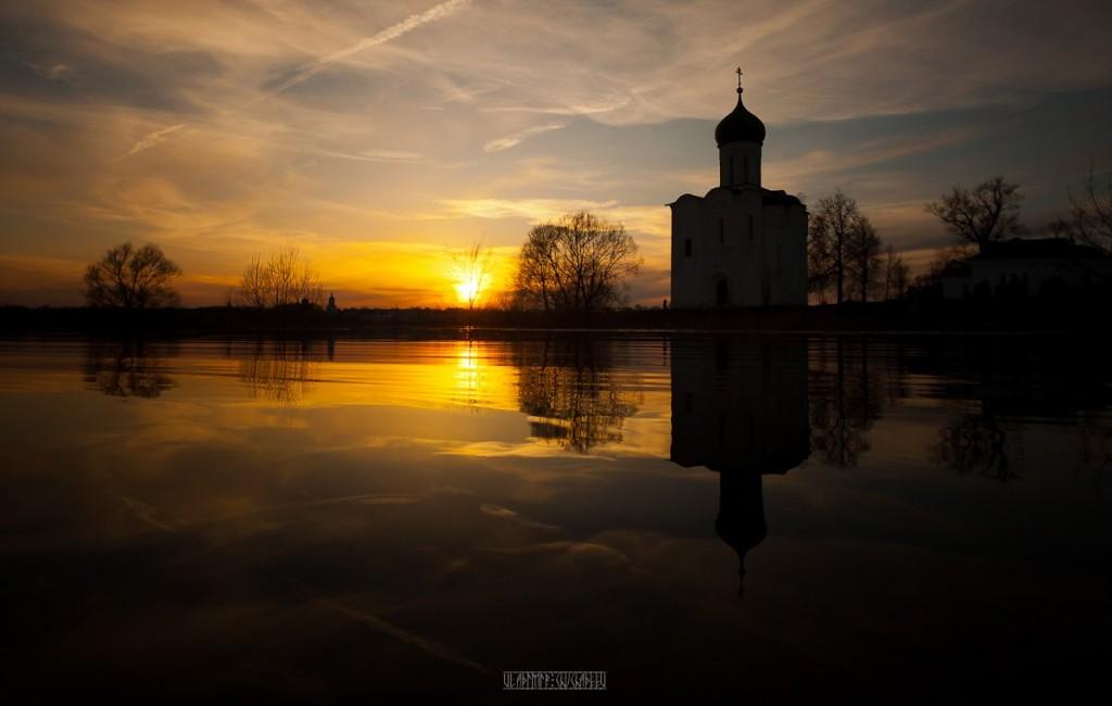 На лодке к чудесному храму с Владимиром Чучадеевым 02