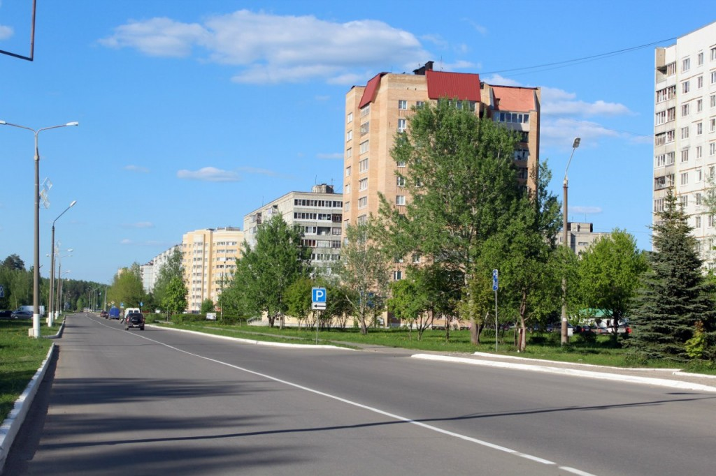 Радужный - город, укутанный в листву 03