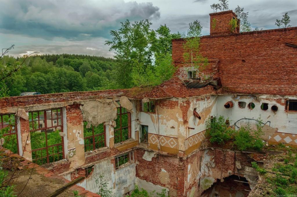 Разрушенная фабрика в г.Вязники, р-он. Ярцево 01