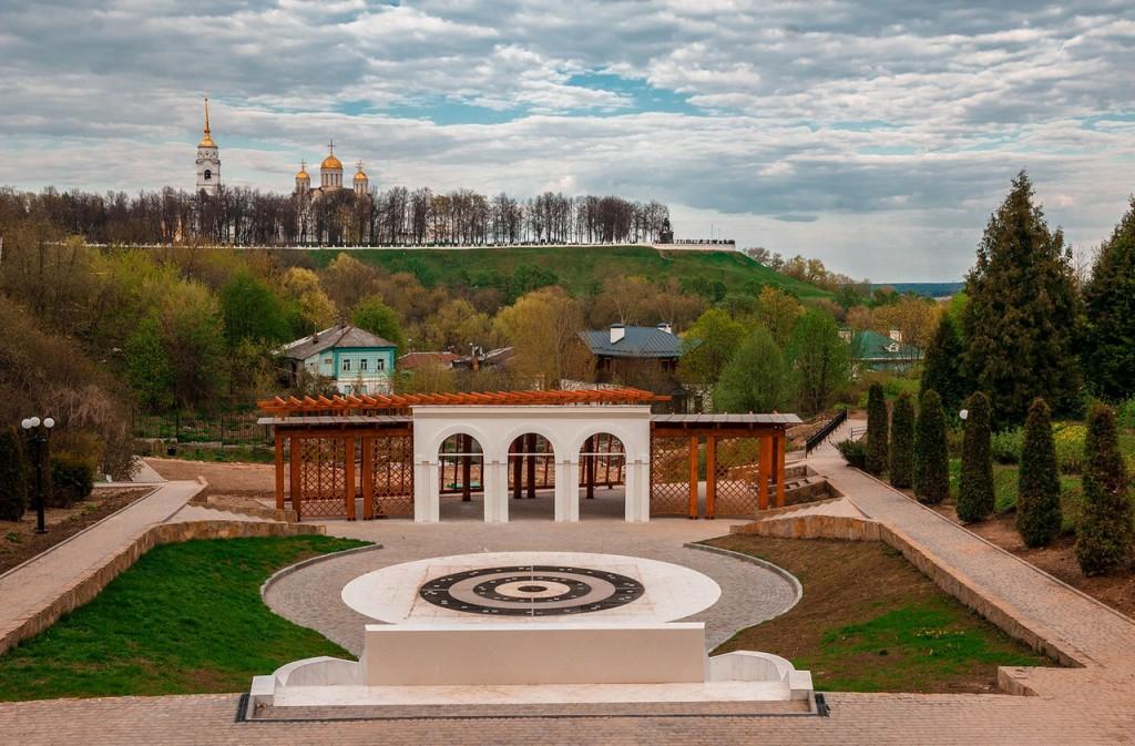 Реконструкция Патриарших садов во Владимире 07