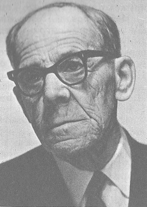 Старейший учитель, актер и экскурсовод г. Суздаля В.И.Кузьмичев