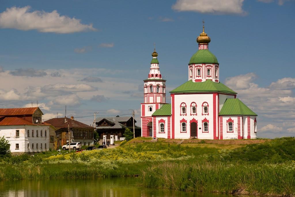 г. Суздаль, Ильинская церковь и цветущая полянка