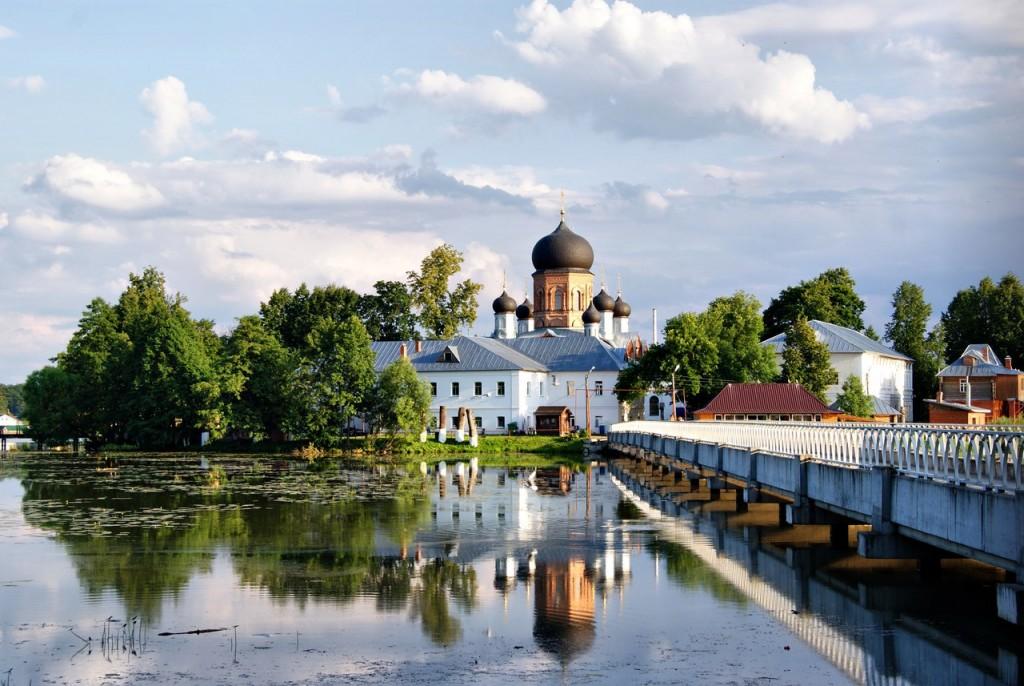 Введенский монастырь 01