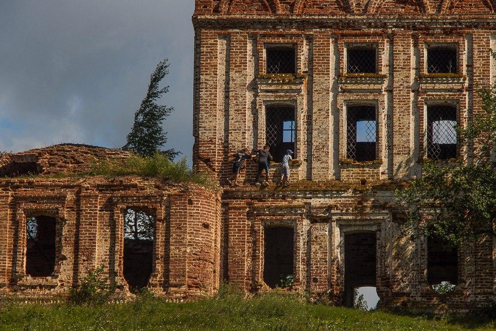 Вознесенская церковь в селе Пантелеево 01