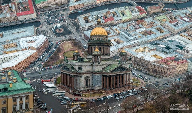 Санкт-Петербург. Уникальные фотографии в стиле Inception 01