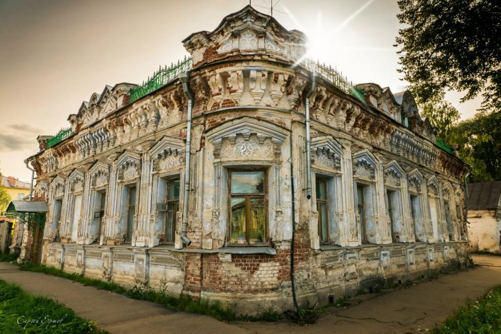 г. Вязники, дом на перекрёстке Симонова-Благовещенская