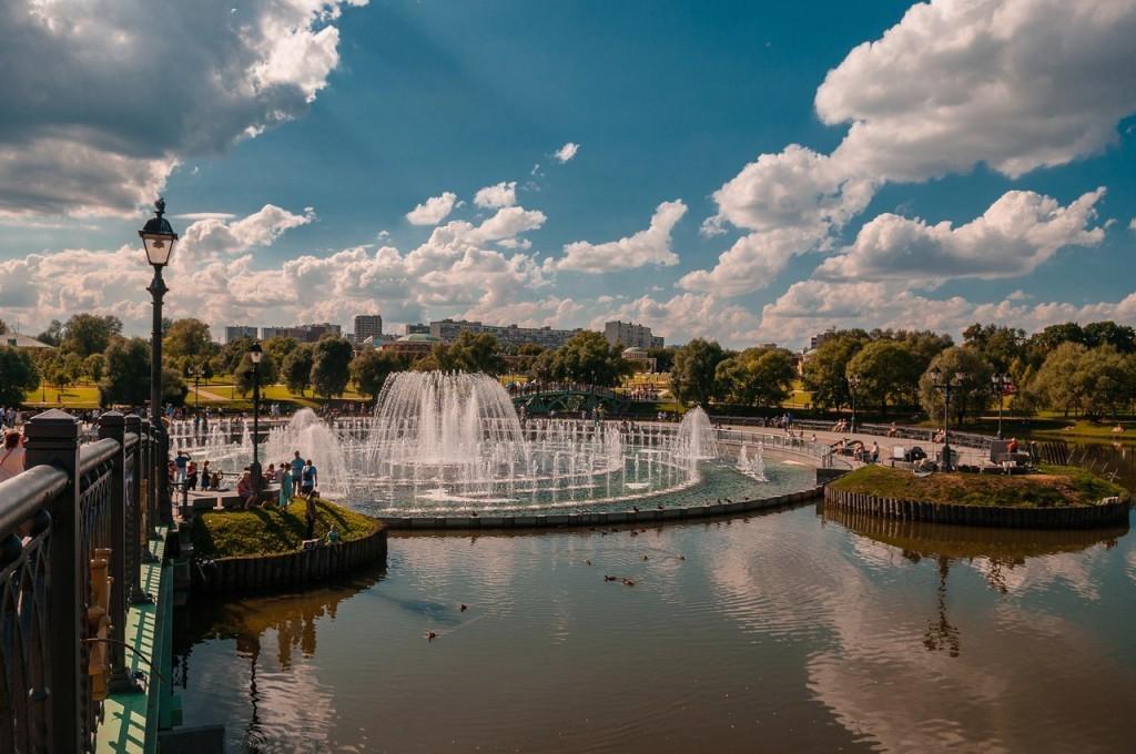 Дворцово-парковый ансамбль Царицыно в Москве 09