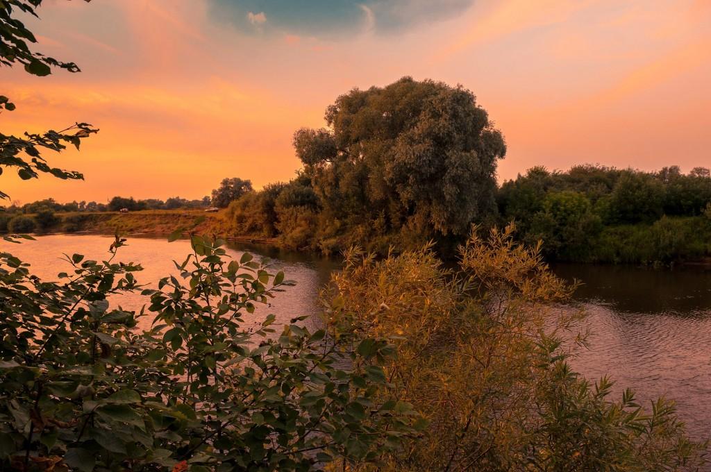 Летний закат Покрова-на-Нерли 07