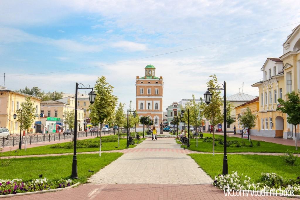 Муром, сквер Ермакова в августе