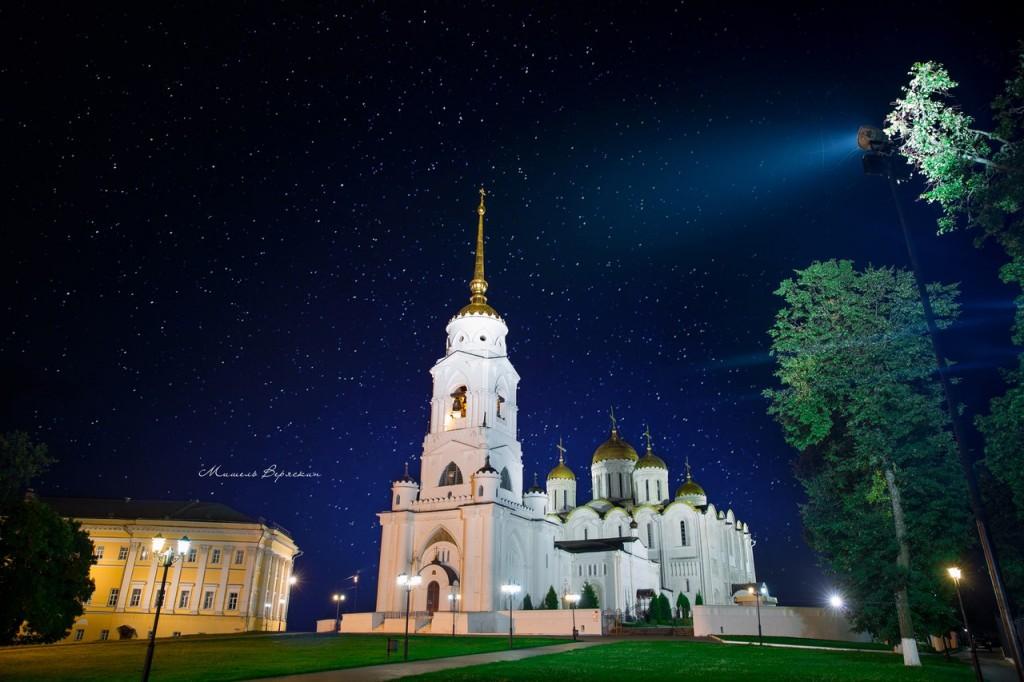 Ночные летние пейзажи города Владимир 03