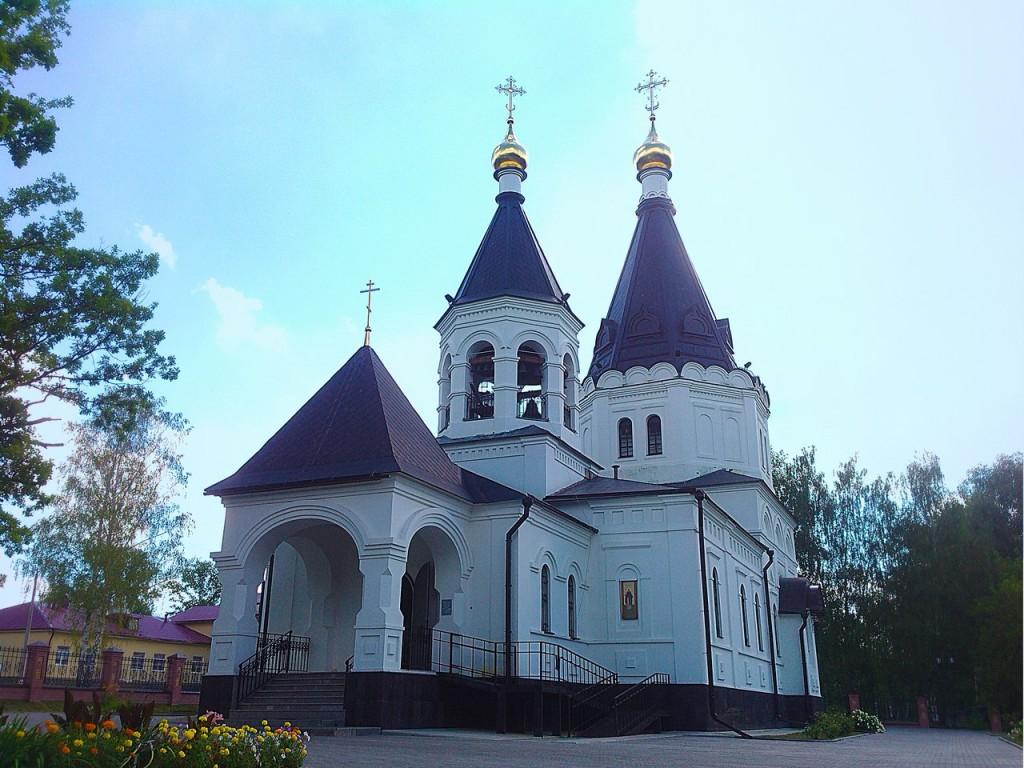 Поселок Красная Горбатка, Церковь Сергия и Никона Радонежских 01