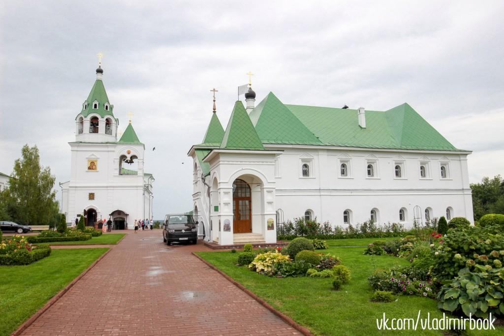 Прогулка по муромским монастырям в августе 01