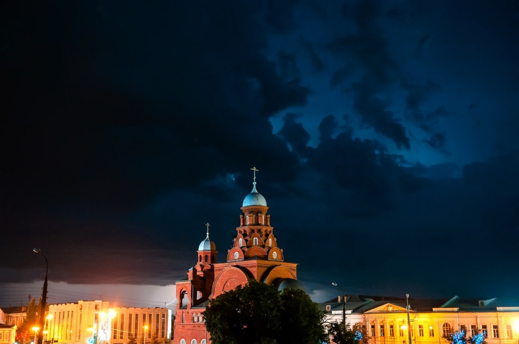 08.08.2016 Грозовые тучи над Владимиром 02