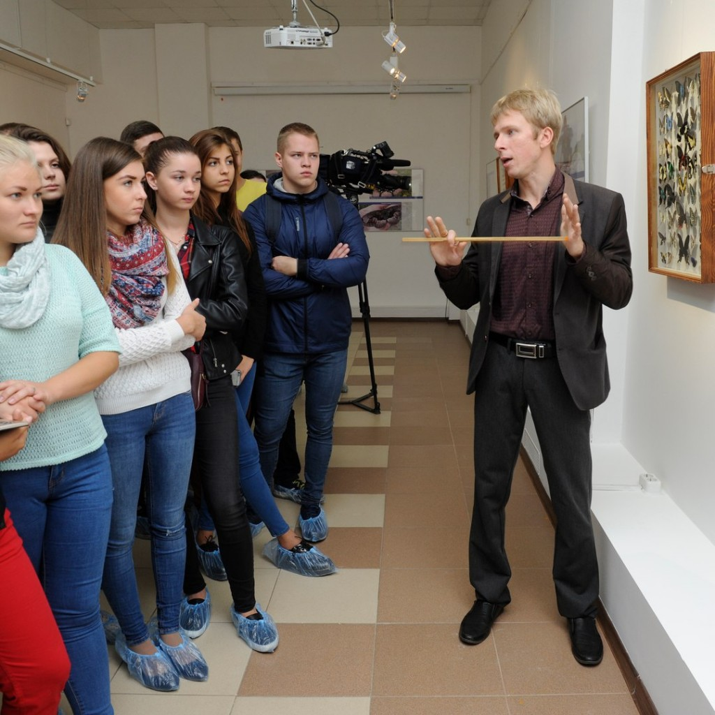В Музее природы открылась выставка «Рождённые летать» 06