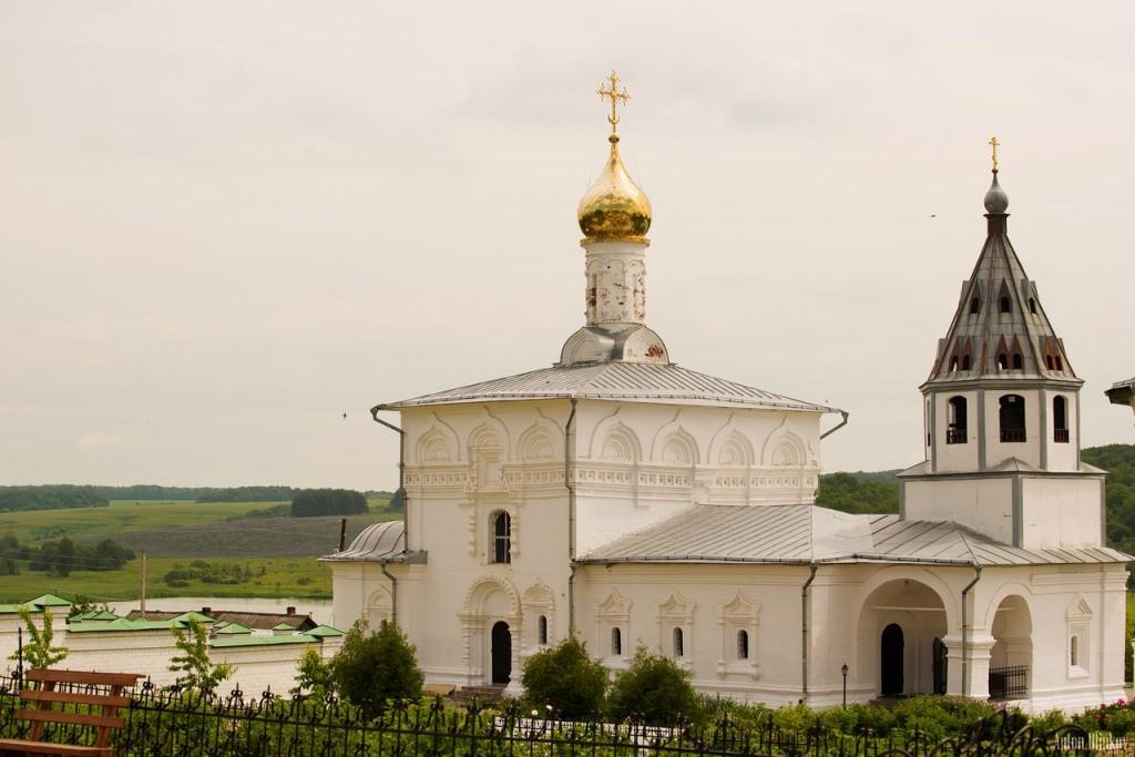 Успенский Космин монастырь, село Небылое