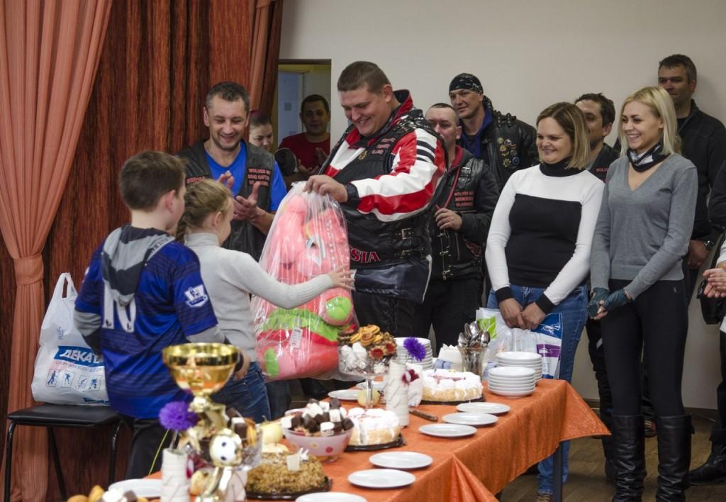 Байк-клуб Wolves MC Vladimir 24.09.16 закрыл мотосезон 10