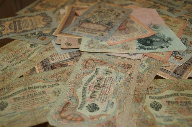 Выставка «История денег России в монетах и банкнотах» 01
